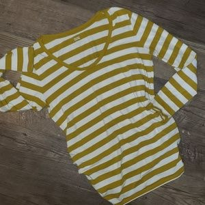 Old Navy Maternity Fitted, Side Ruched Shirt